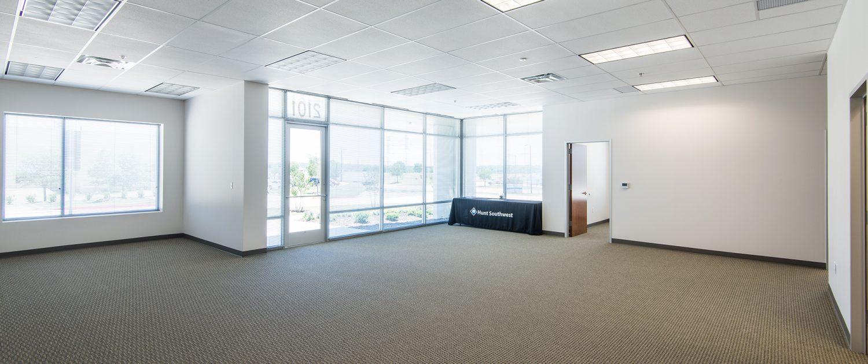 Riverbend West Distribution Center - 301,500 SF