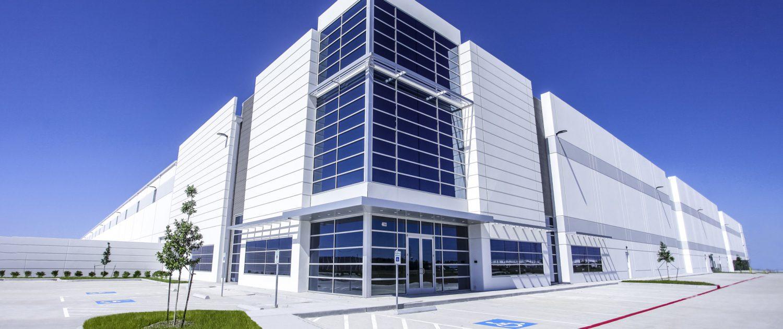 Hunt Southwest Industrial Real Estate | Cedar Port Trade Center - Baytown, TX - 1,021,440 SF AVAILABLE